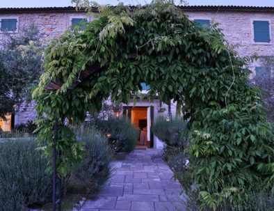 parenzana-outside-entrance